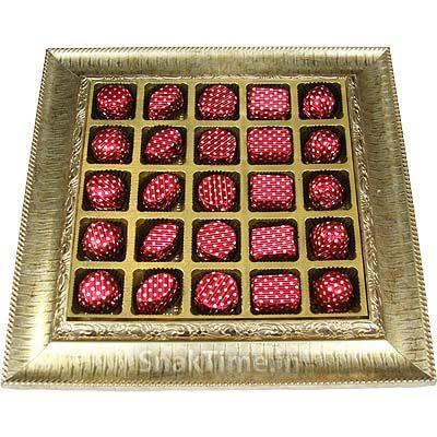 Blasta 25 Chocolates Wooden Gift Tray B25MDFT