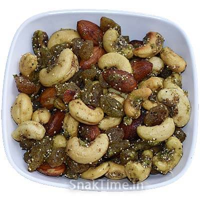 Sweet & Spicy Dry Fruit Mix