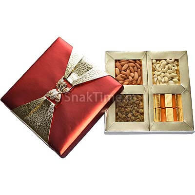Red Rose Gold Buckle Corporate Dry Fruit Chocolate Combo Gift ST1419X9C