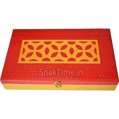 Wooden Dry Fruit Gift STDFB103