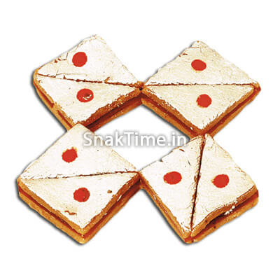 Strawberry Sandwich Dry Fruit Sweet